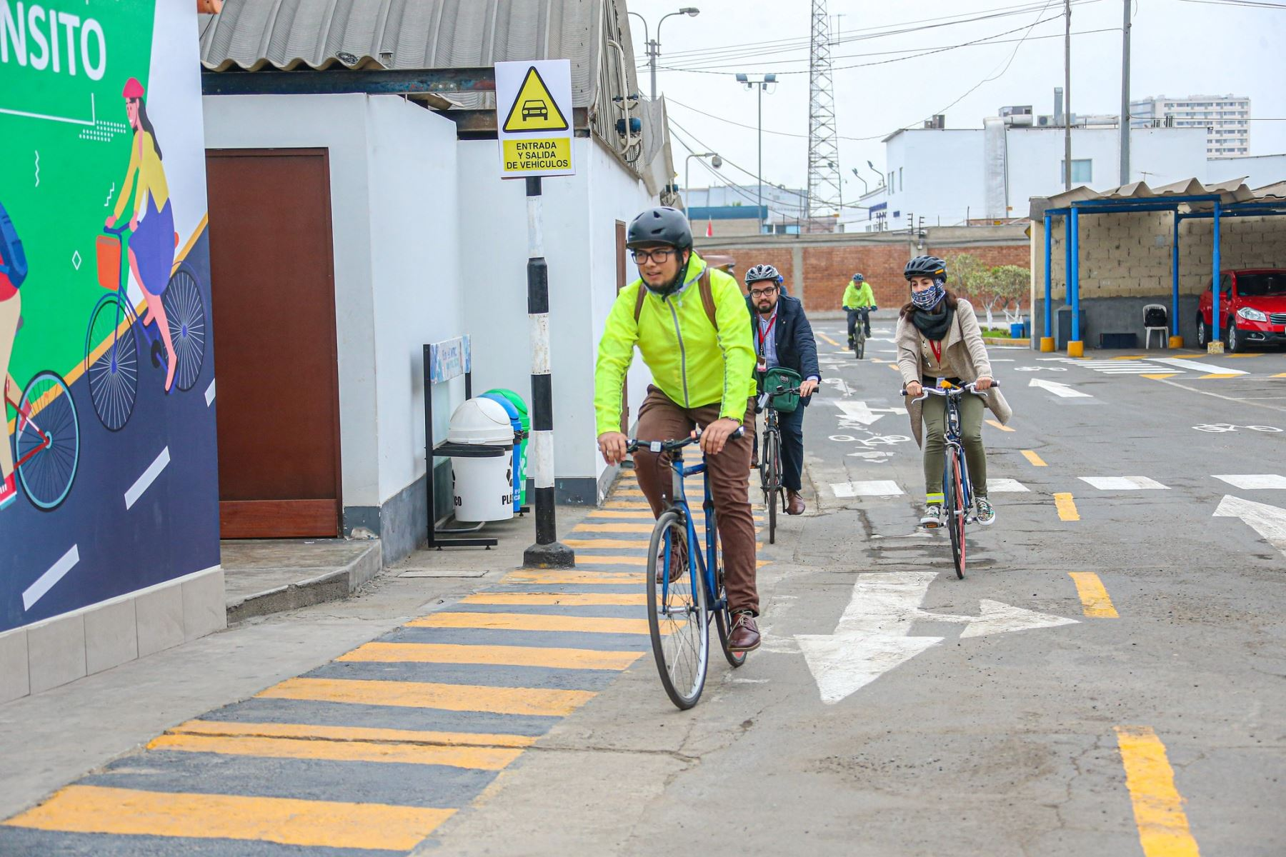 El Ministerio de Transporte y Comunicaciones (MTC) ya cuenta con un espacio para que los trabajadores de la institución que deseen desplazarse en bicicleta al trabajo la estacionen con seguridad.