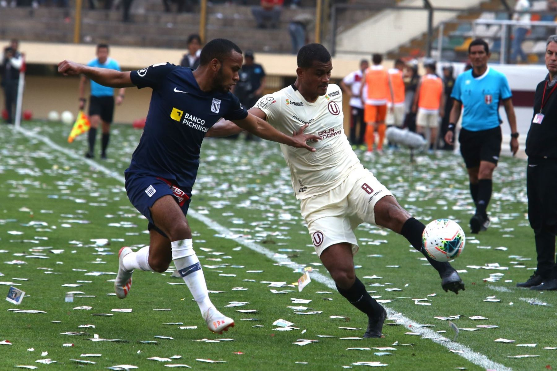 Universitario Derroto 1 0 A Alianza Lima Y Se Afianza Como