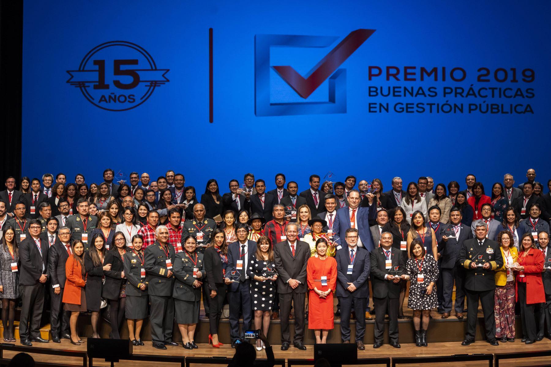 El Premio Buenas Prácticas de Gestión Pública,, se consolida. Ciudadanos al Día conmemoró en la versión 2019 quince años de trabajo. ANDINA/Difusión