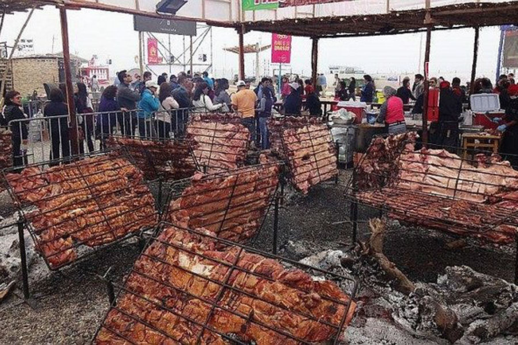 Festival del chancho al palo de Huaral registró 67,000 visitantes y batió récord de asistencia.Foto:  ANDINA/Difusión