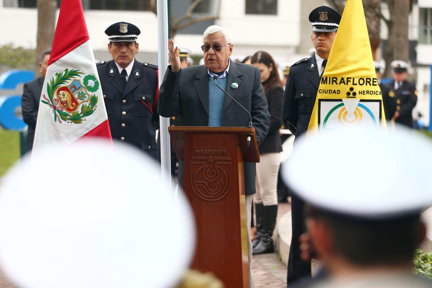 Ricardo Palma Michelsen,  bisnieto del tradicionalista, en  ceremonia de  homenaje por el centenario del fallecimiento de Ricardo Palma. Foto: ANDINA/Melina Mejía