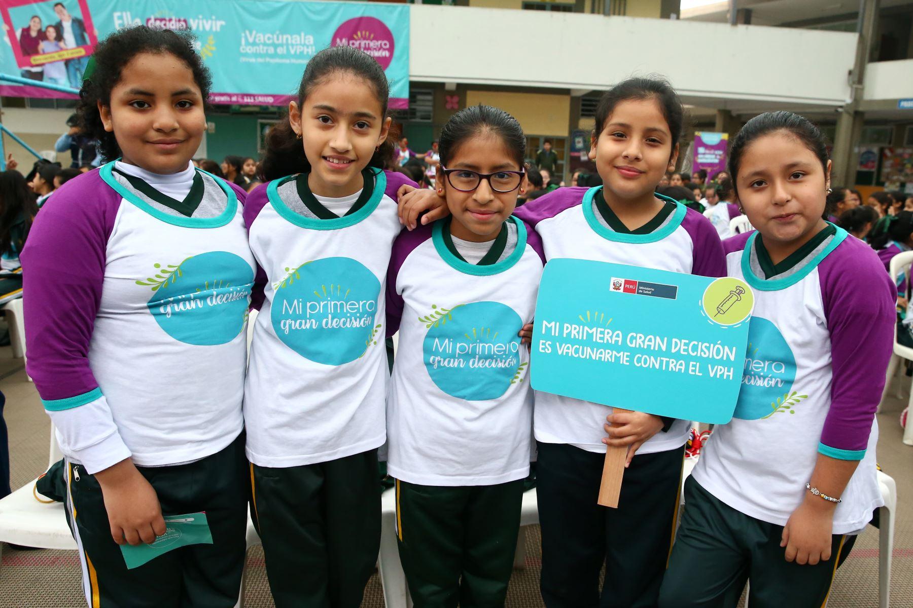 La Campaña Nacional de Vacunación contra el Papiloma Humano esta dirigida a niñas del 5º grado de educación primaria.  Foto: ANDINA/Melina Mejía