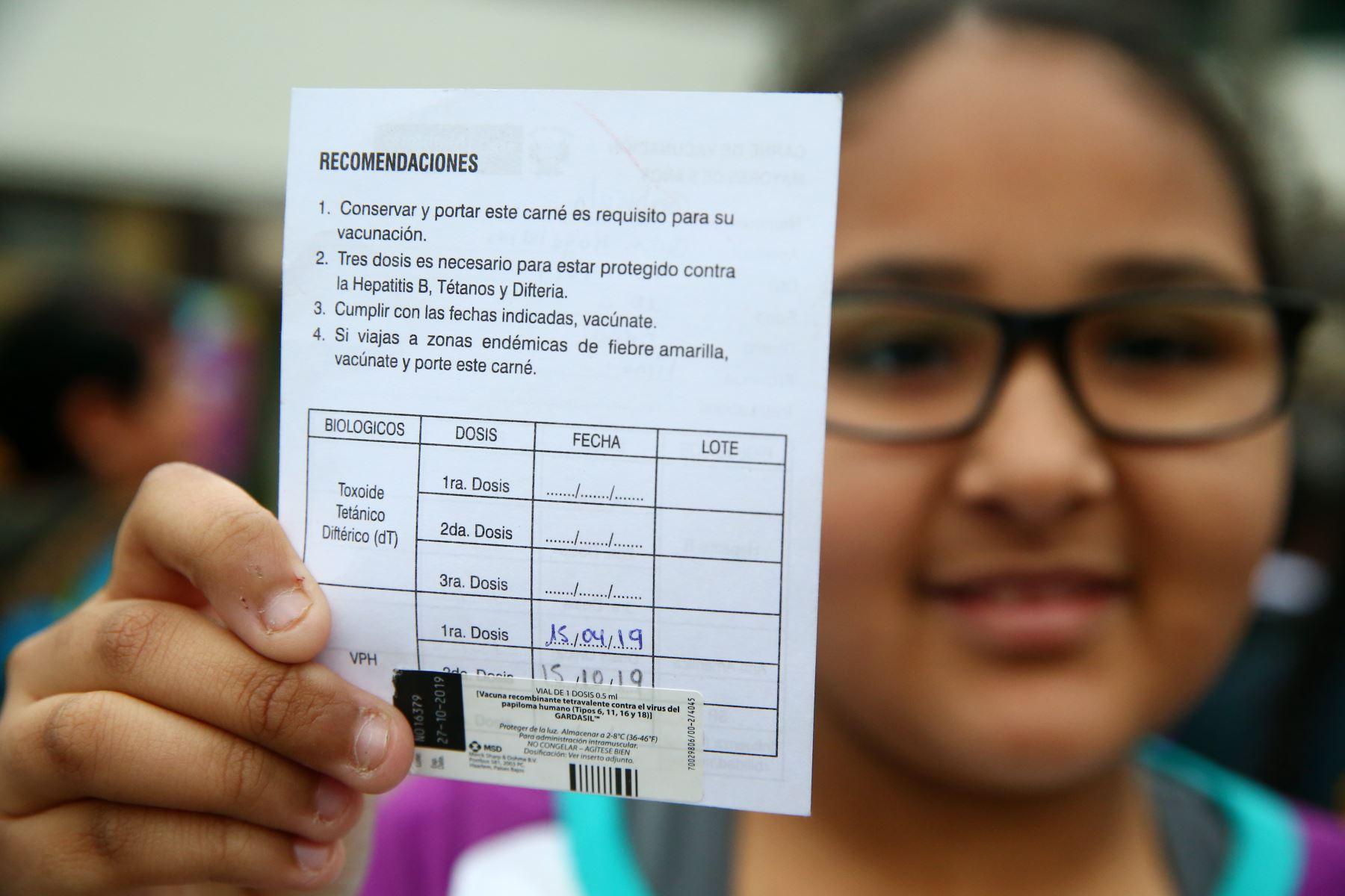 Para esta segunda etapa de inmunización contra el VPH, se espera inmunizar de manera gratuita a más de 200 mil niñas de educación primaria.  Foto: ANDINA/Melina Mejía