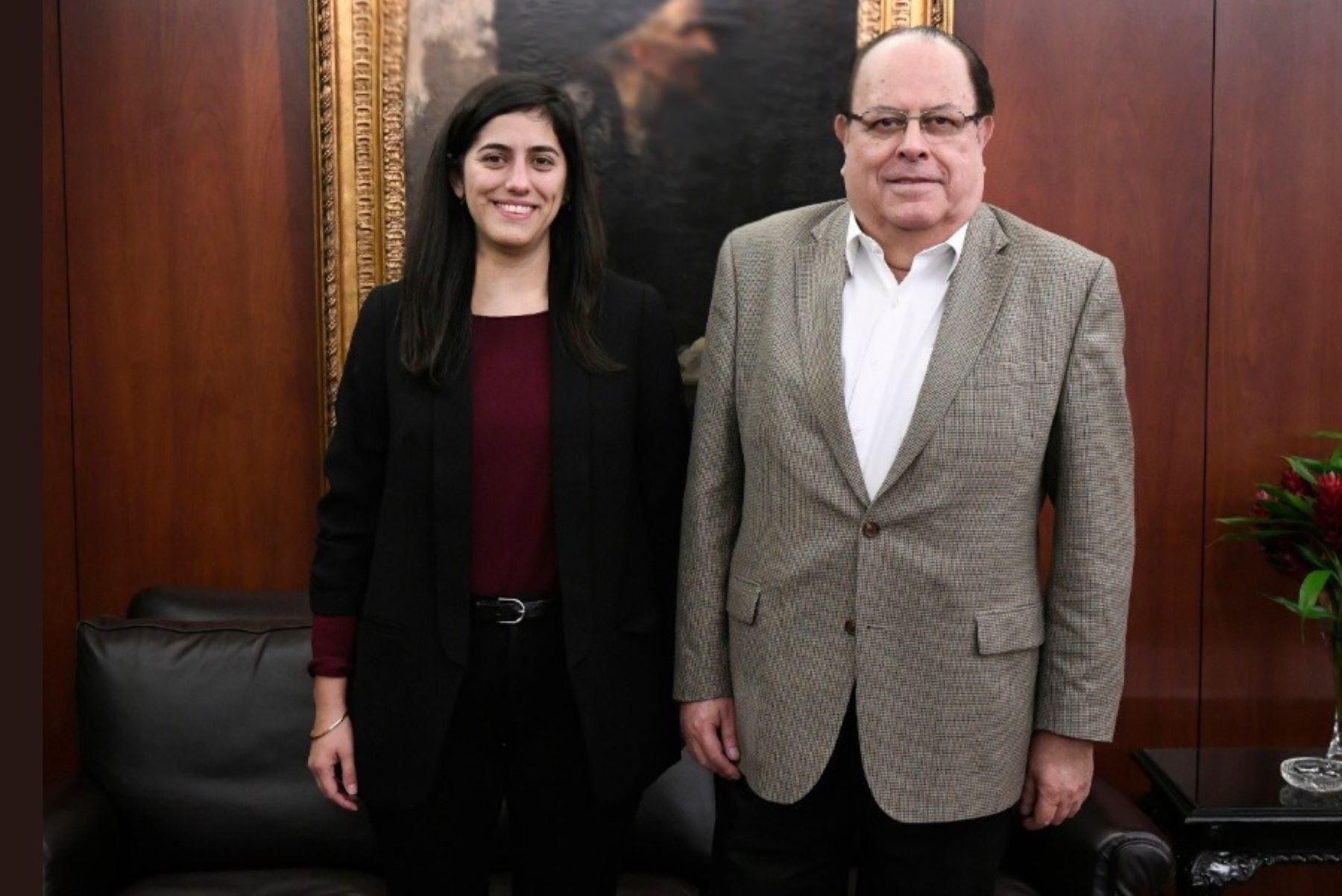 Ministra de Economía y Finanzas, María Antonieta Alva, y el presidente del Banco Central de Reserva, Julio Velarde. Foto: Internet.