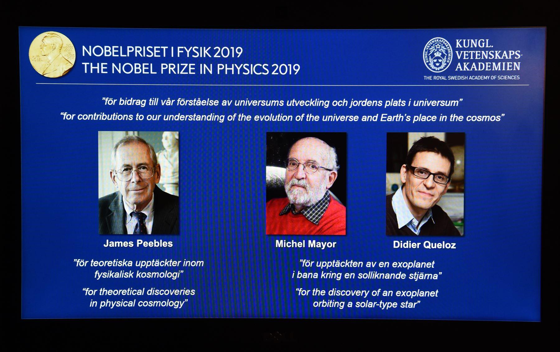 El canadiense-estadounidense James Peebles y los suizos Michel Mayor y Didier Queloz ganaron este martes el premio Nobel de Física de la Academia Sueca de Ciencias por sus trabajos en cosmología. Foto: AFP
