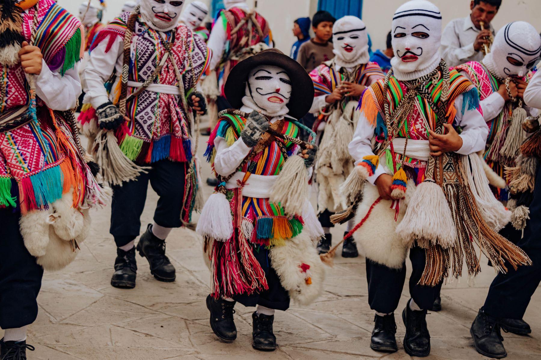 Festividades en honor a la Virgen del Rosario en Cusco.  Foto: ANDINA/Percy Hurtado Santillán