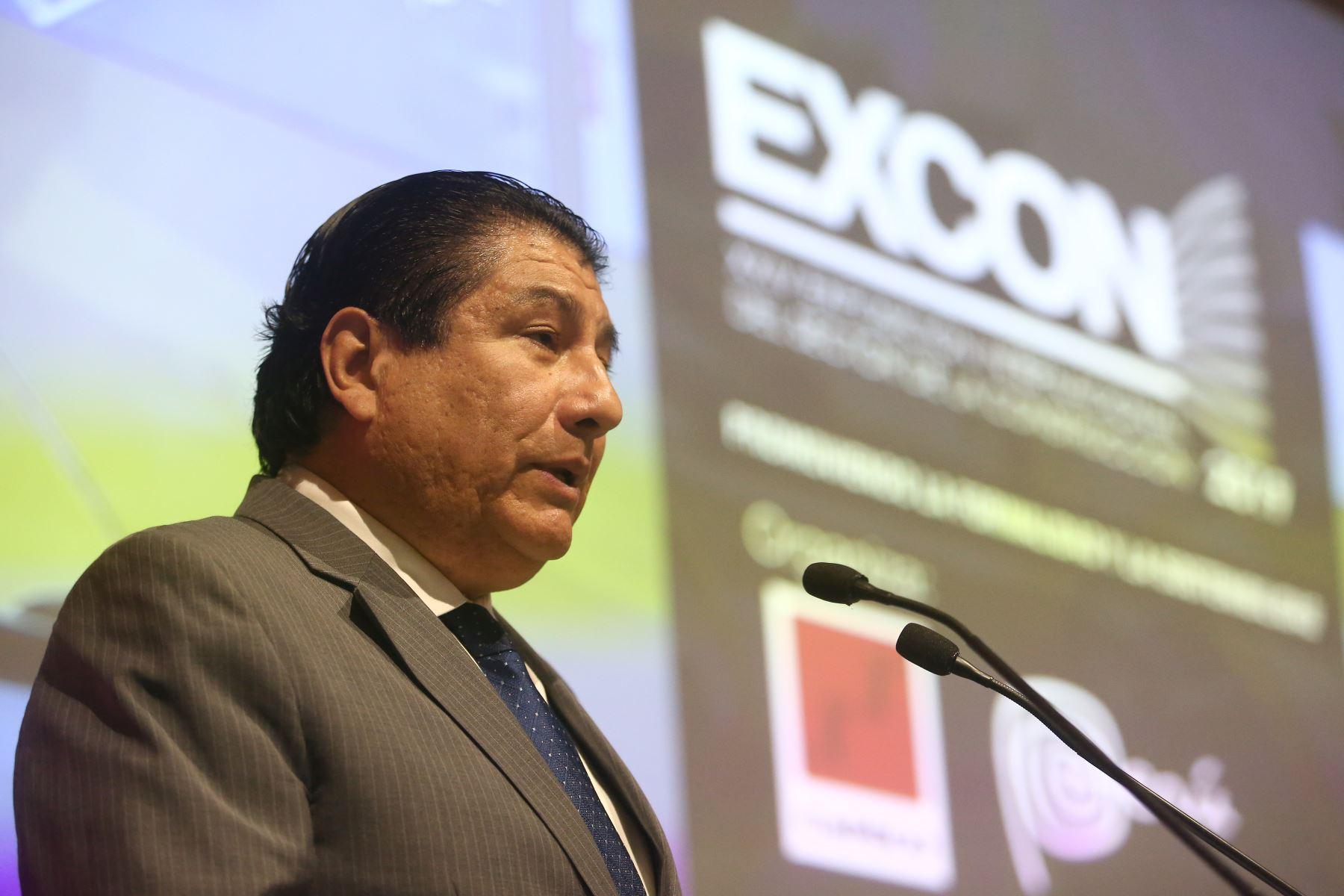 Ministro de Vivienda, Construcción y Saneamiento, Rodolfo Yáñez. Foto: ANDINA/Héctor Vinces.
