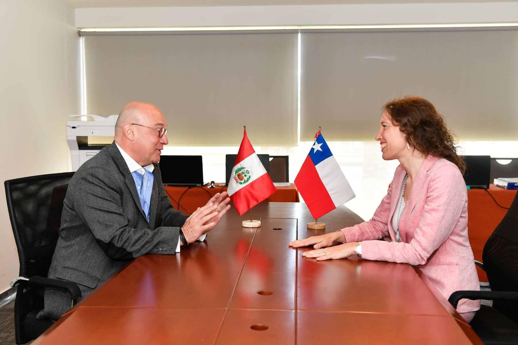 Vicecanciller Jaime Pomareda sostuvo reunión de trabajo con su par de Chile  Carolina Valdivia en el marco de la preparación del   Encuentro Presidencial y III gabinete Binacional Perú -Chile, en Paracas. Foto: ANDINA/MRE