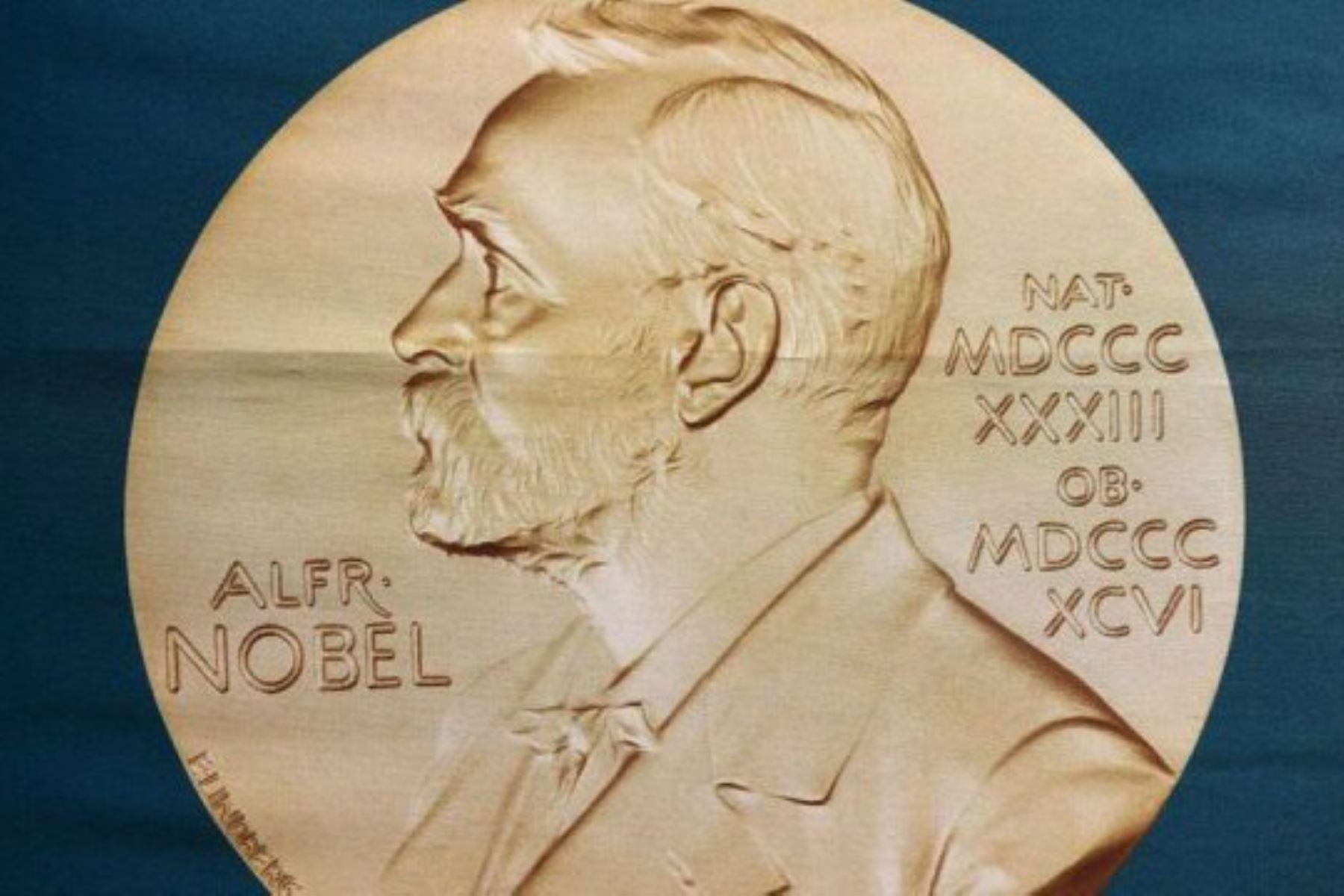 La Academia Sueca dio a conocer a los ganadores de los premios Nobel de Literatura 2018 y 2019. Foto: CNN Español