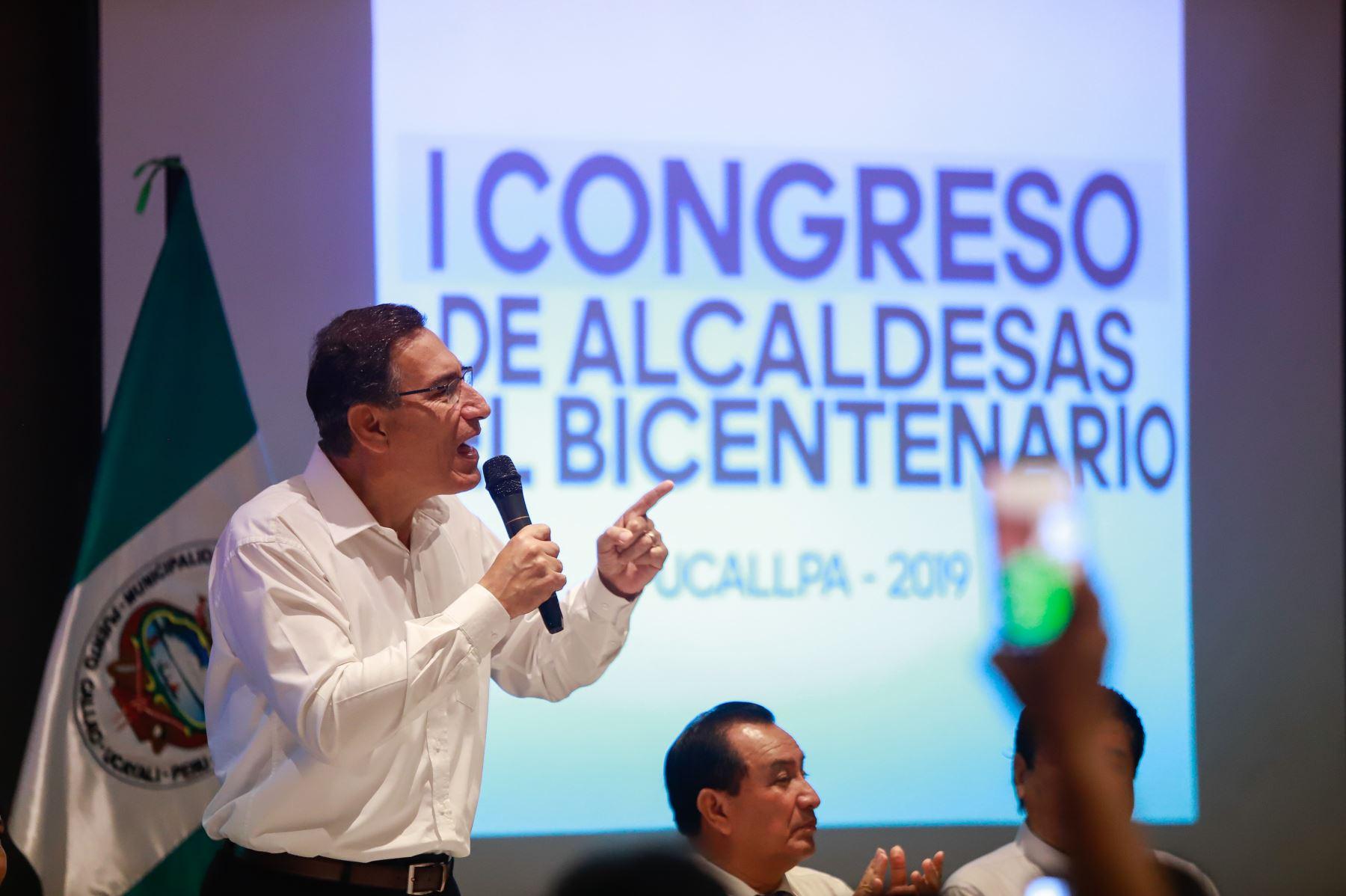 Presidente Martín Vizcarra clausura el I Congreso de Alcaldesas del Bicentenario en Pucallpa. Foto: ANDINA/Prensa Presidencia