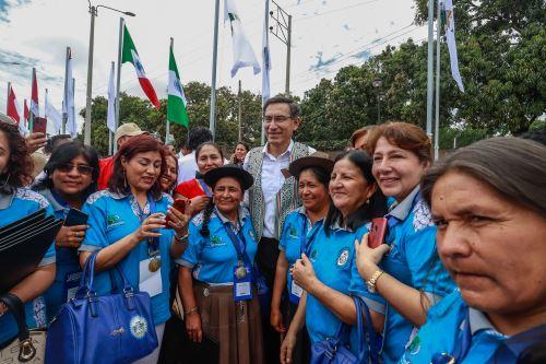 Jefe de Estado Martín Vizcarra clausura I Congreso de Alcaldesas del Bicentenario