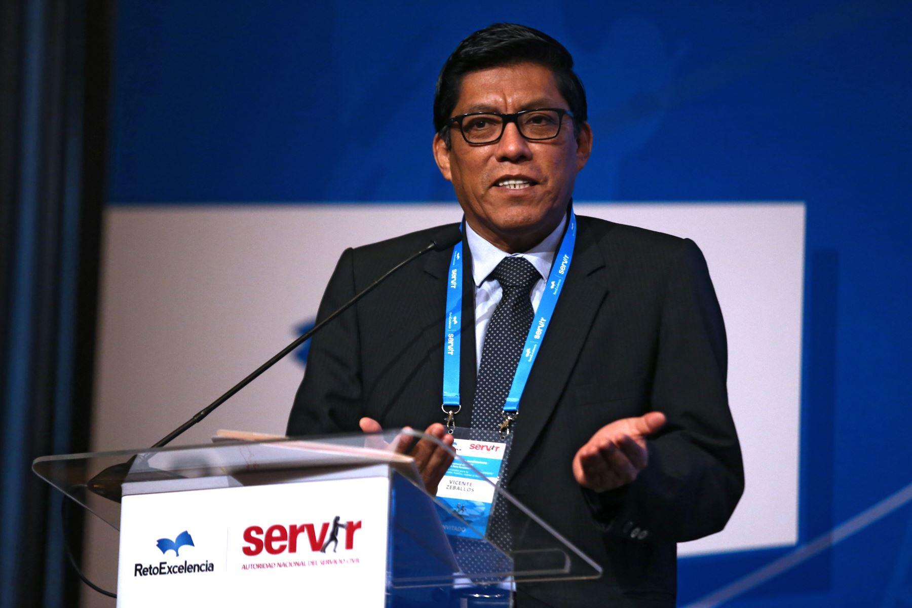 Vicente Antonio Zeballos presidente del consejo de Ministros, inaugura I Encuentro Nacional de Beneficiarios del programa Reto excelencia.  Foto: ANDINA/Vidal Tarqui