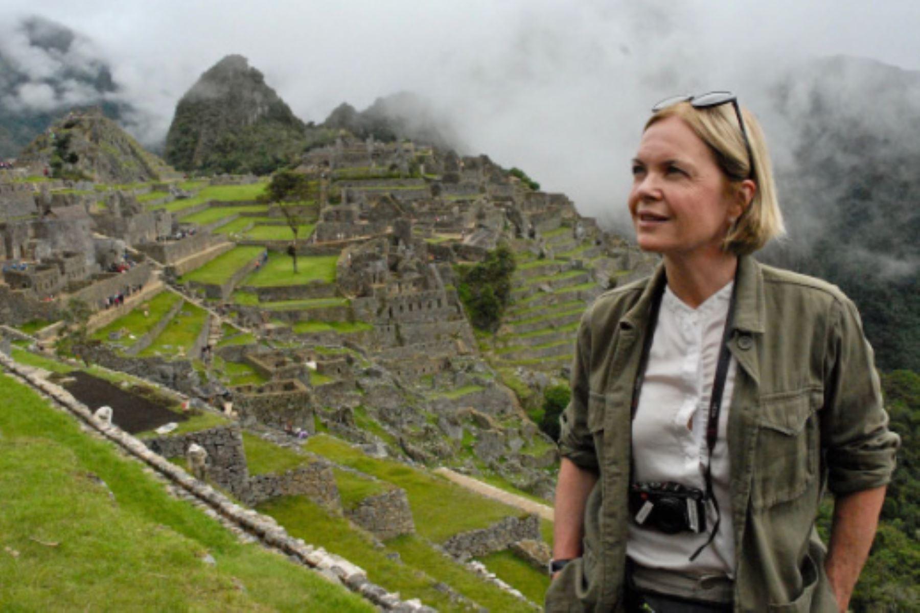 La periodista noruega-escocesa Mariella Frostrup, del diario inglés The Telegraph,asegura que cada día en Perú la transportaba a otras alturas. Foto: Mariella Frostrup
