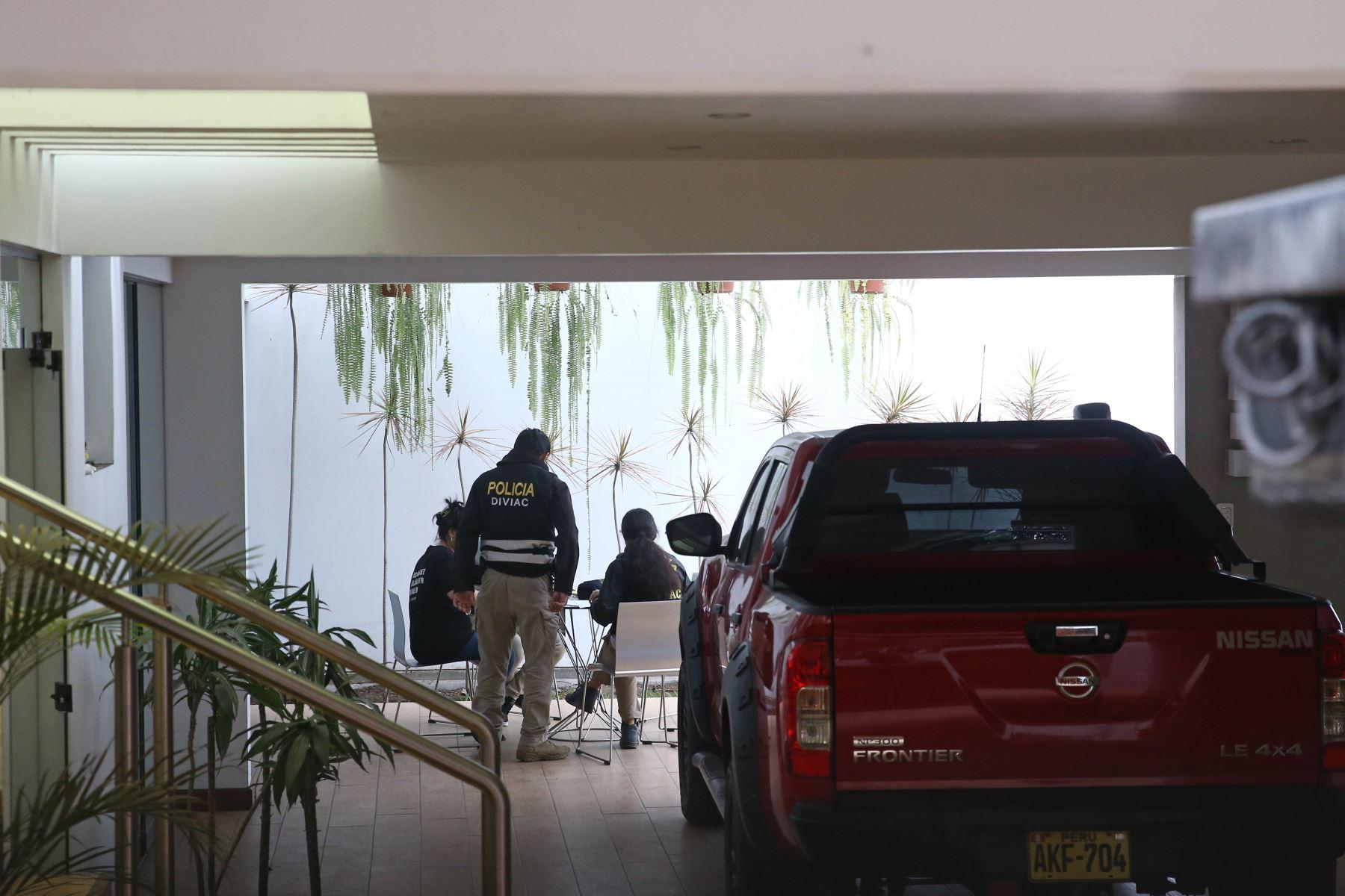 Fiscales de caso Lava Jato allanan vivienda de exalcalde Luis Castañeda Lossio. Foto: ANDINA/ Vidal Tarqui