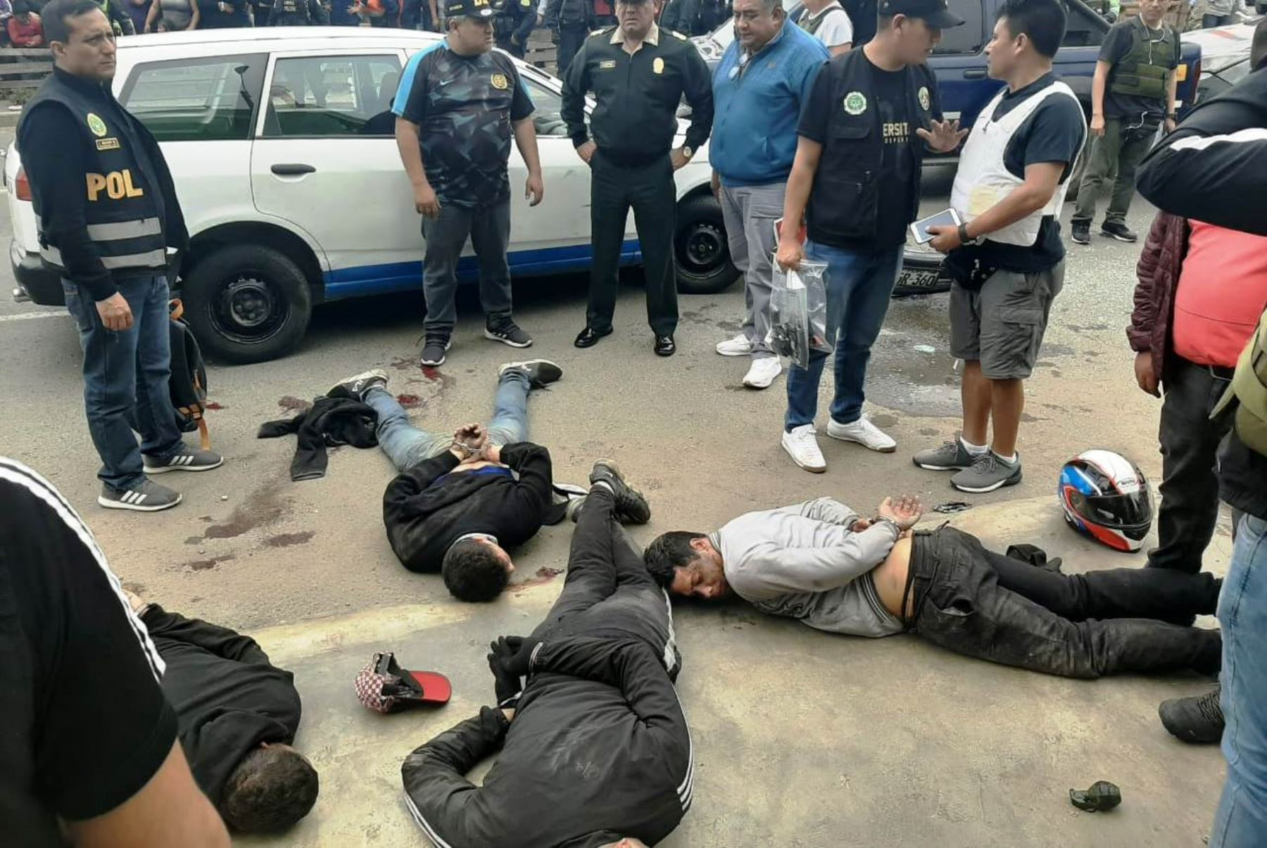 Policía frustra asalto a banco, captura a cuatro y abate a dos delincuentes. Foto: ANDINA/difusión.