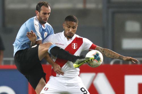 Perú empató a un gol con Uruguay en el Nacional