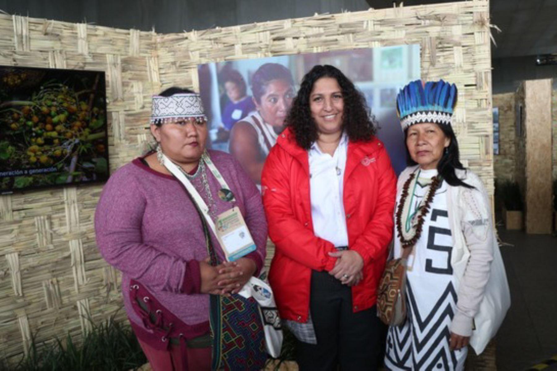 La ministra del Ambiente, Fabiola Muñoz, participó en la inauguración de la maloca durante la III Caplac, que se desarrolla en la ciudad de Lima.