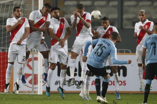"""Medios uruguayos destacan empate ante Perú """"con 10"""" y debut """"soñado"""" de Núnez. ANDINA/Carlos Lezama"""