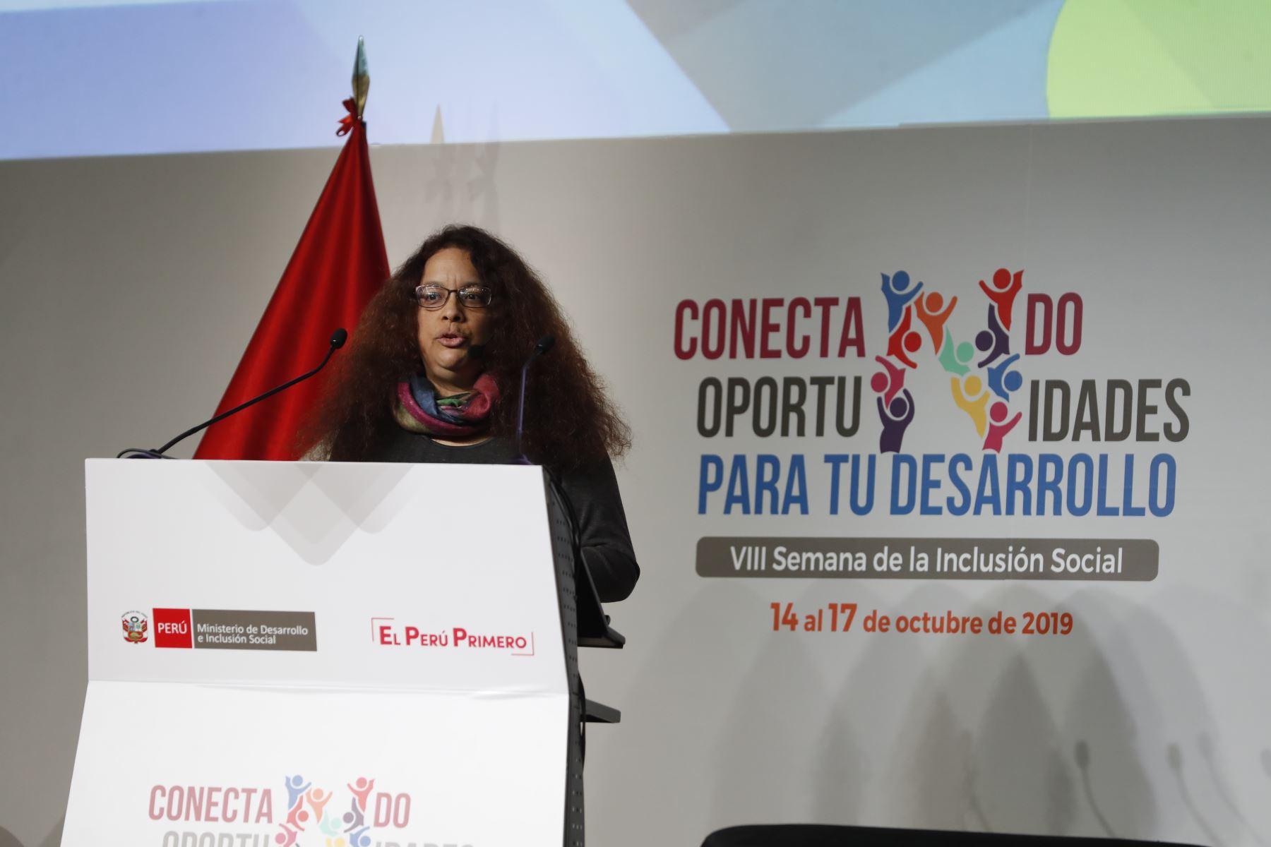 Silvana Vargas Winstanley, directora general de Políticas y Estratégicas del Midis. Foto: ANDINA/Renato Pajuelo
