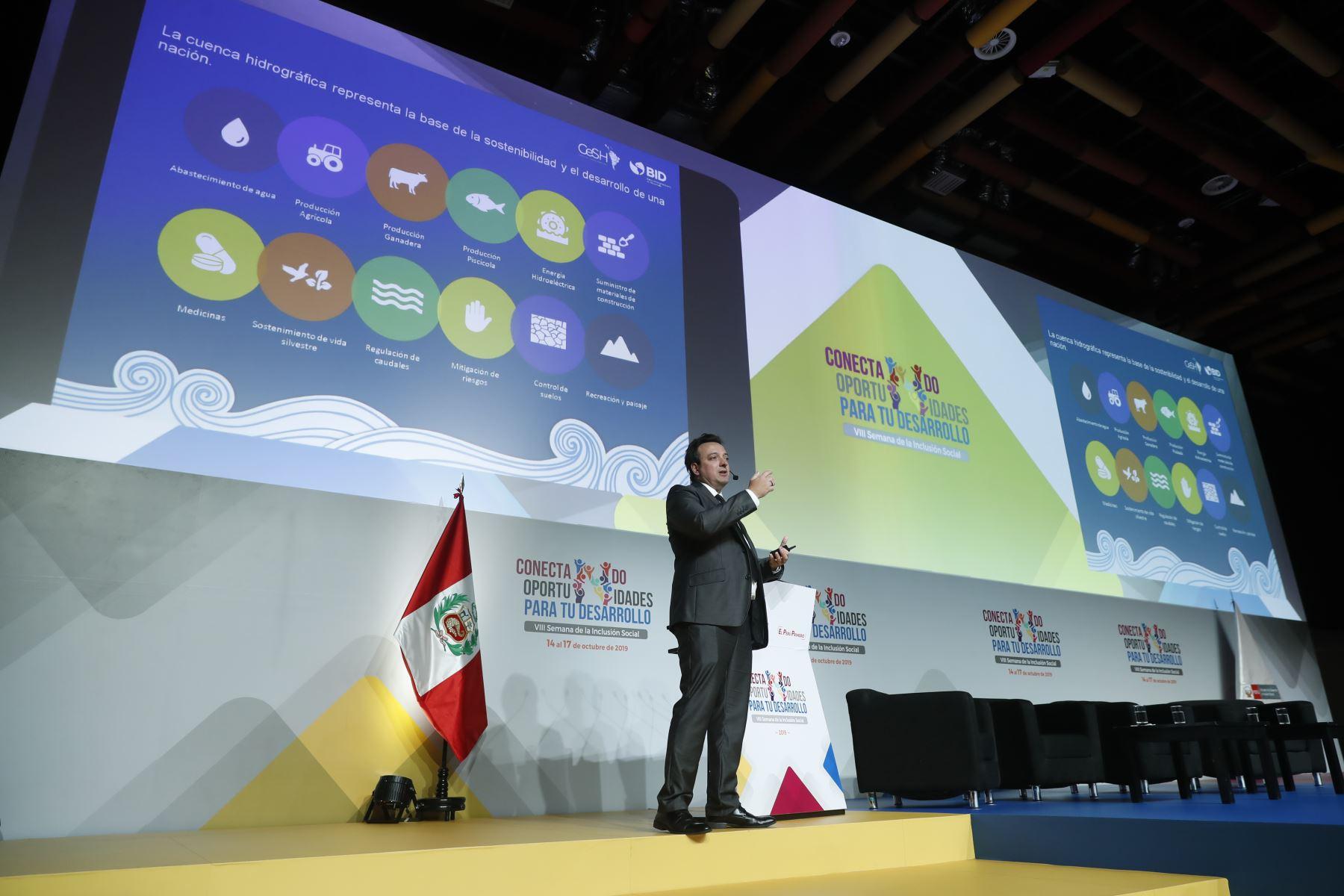 Mauro Nalesso, especialista principal en Agua y Saneamiento del BID. Foto: ANDINA/Renato Pajuelo