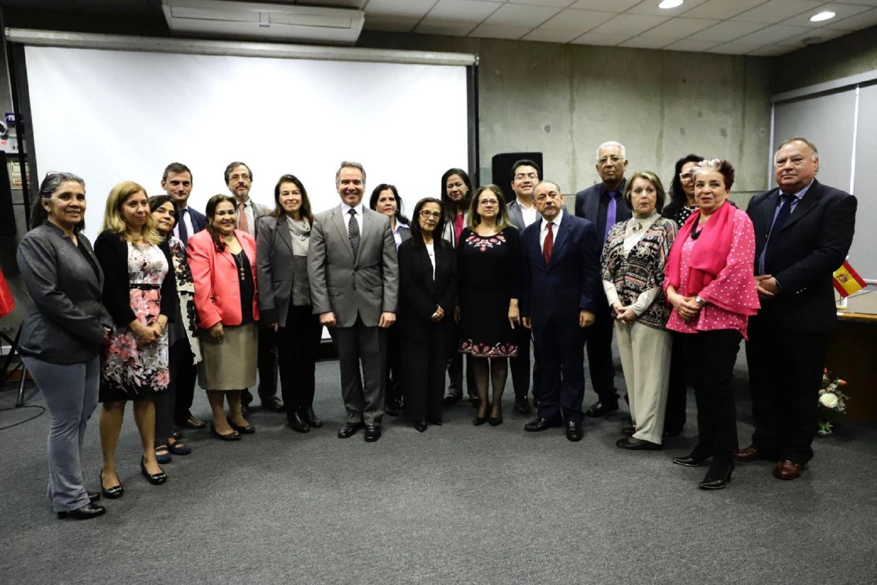 Ministro de Cultura: ABINIA 2019 contribuirá a fortalecer y modernizar las bibliotecas  Foto: Difusión