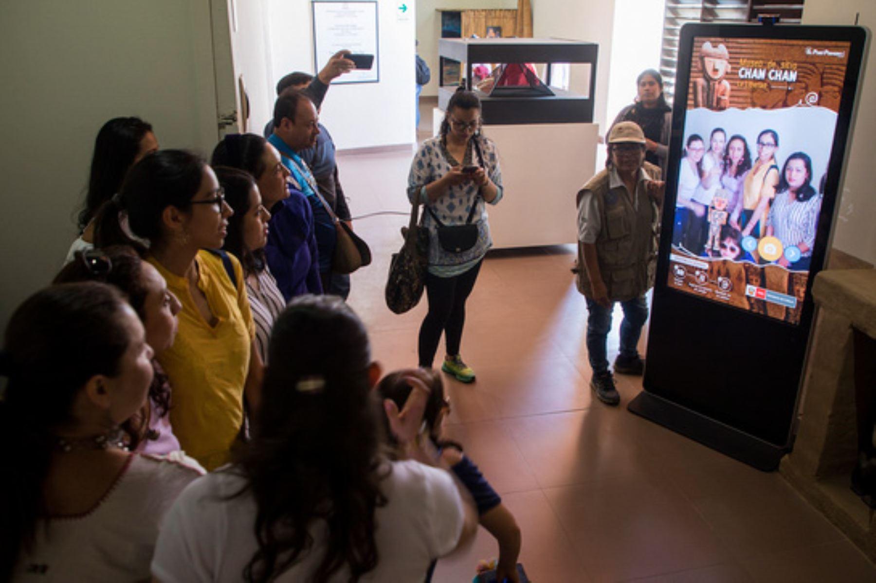 El Tótem Chan Chan permite tener un recuerdo de la visita y una nueva experiencia en el Museo de Sitio Chan Chan, región La Libertad.