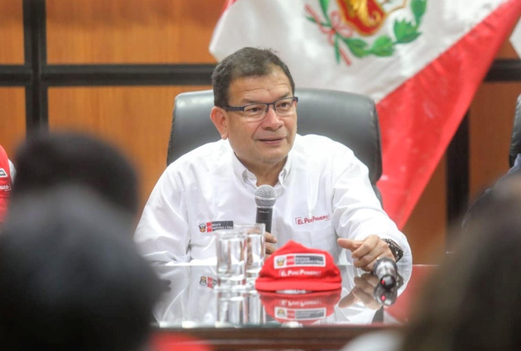 Ministro de Agricultura y Riego, Jorge Montenegro.