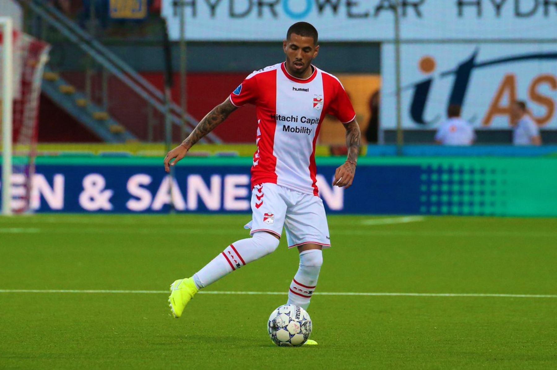 Sergio Peña anotó un golazo en la Liga de Holanda