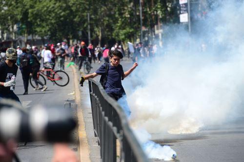 Nuevos enfrentamientos en Chile ante actual situación social
