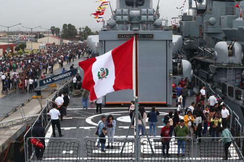 """Jornada """"Puertas Abiertas"""" de la Marina de Guerra del Perù"""