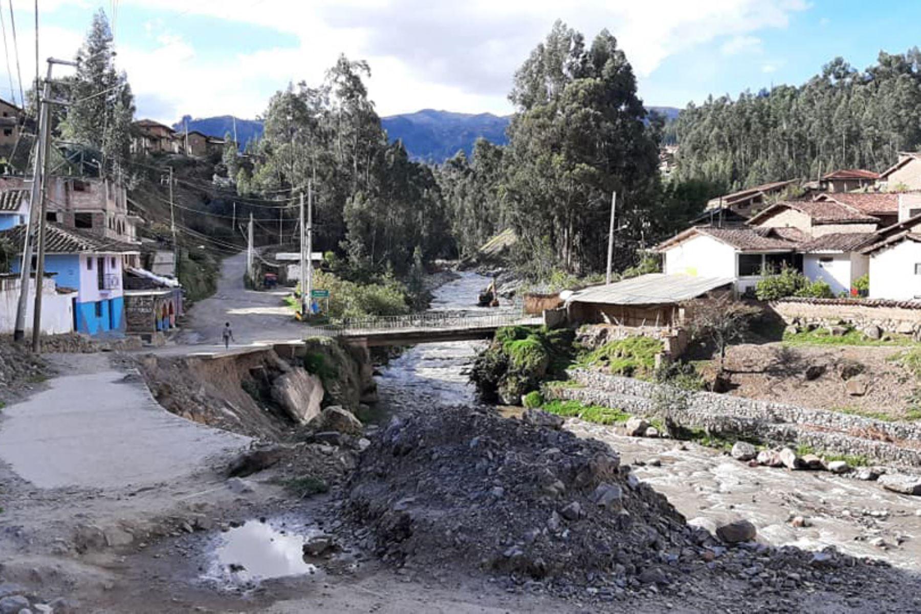 Municipalidad de Pomabamba, en Áncash, inicia trabajos de descolmatación y encauzamiento en río Pomabamba, para evitar daños como ocurrió a comienzos de año. ANDINA/Difusión