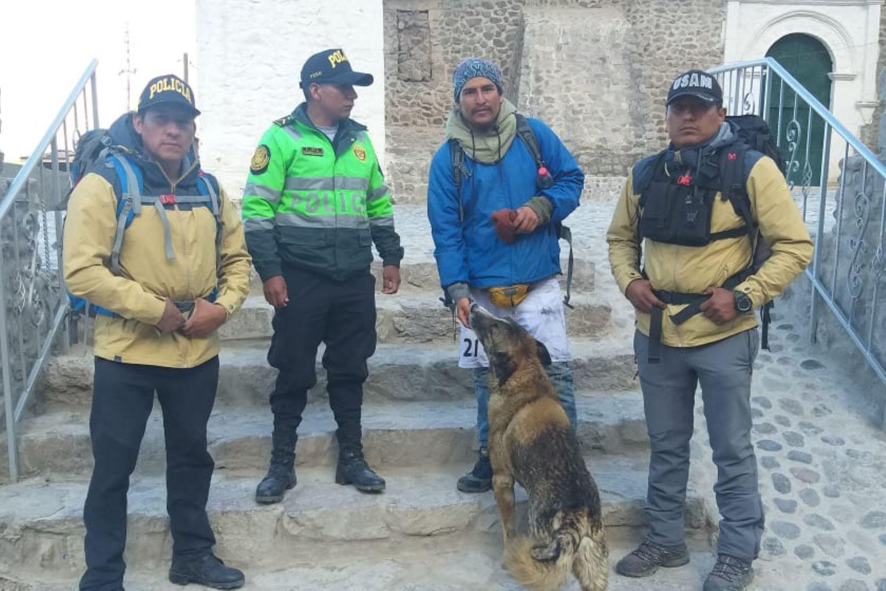 Yoel Cacya Llacho, de 25 años, fue rescatado del nevado Bomboya, ubicado en el valle del Colca, donde hace ocho años perdió la visa el joven universitario Ciro Castillo Rojo.