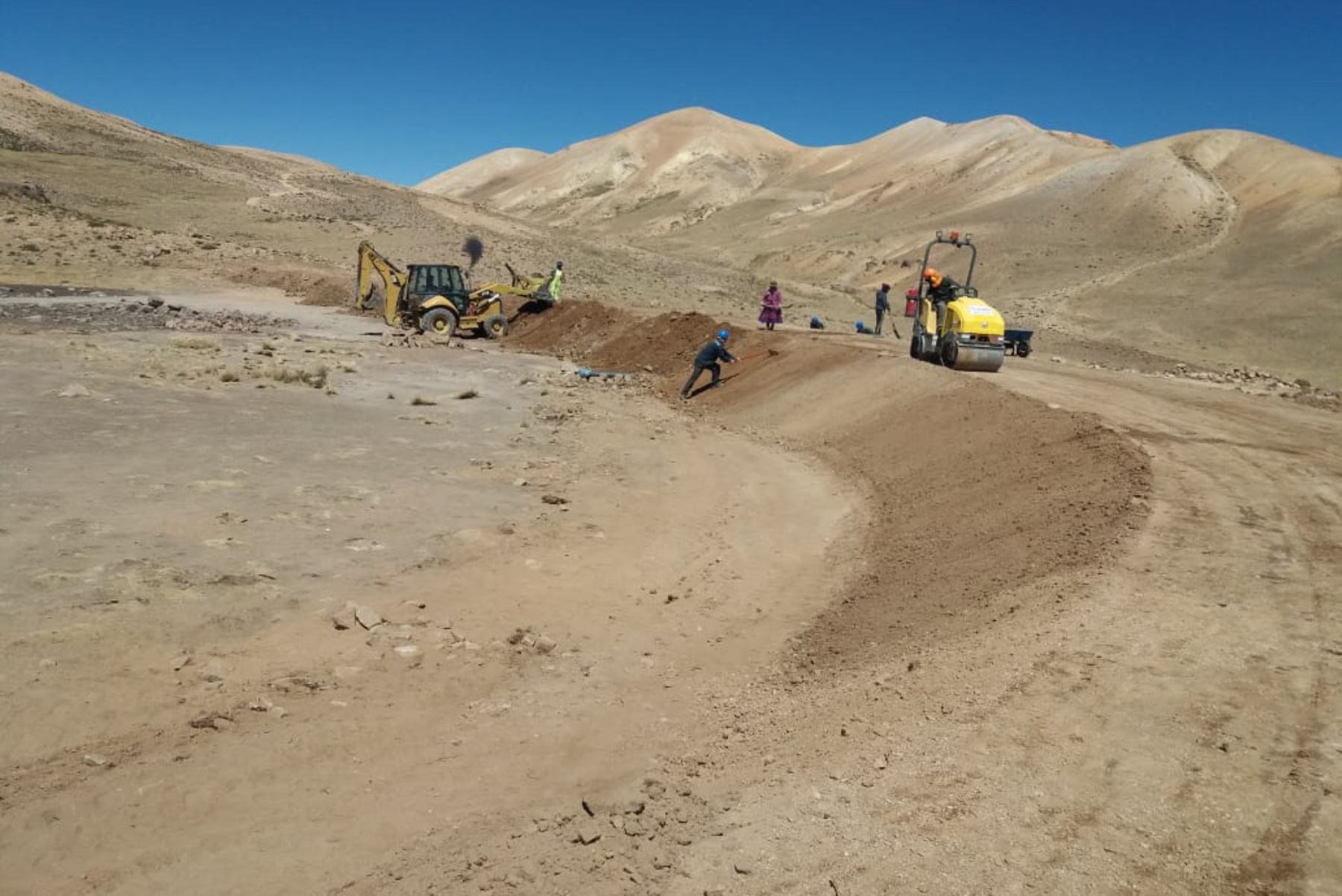 Las 25 qochas que se construyen en la región Puno contribuirán a la seguridad hídrica en 6,811 hectáreas en beneficio de 752 familias.