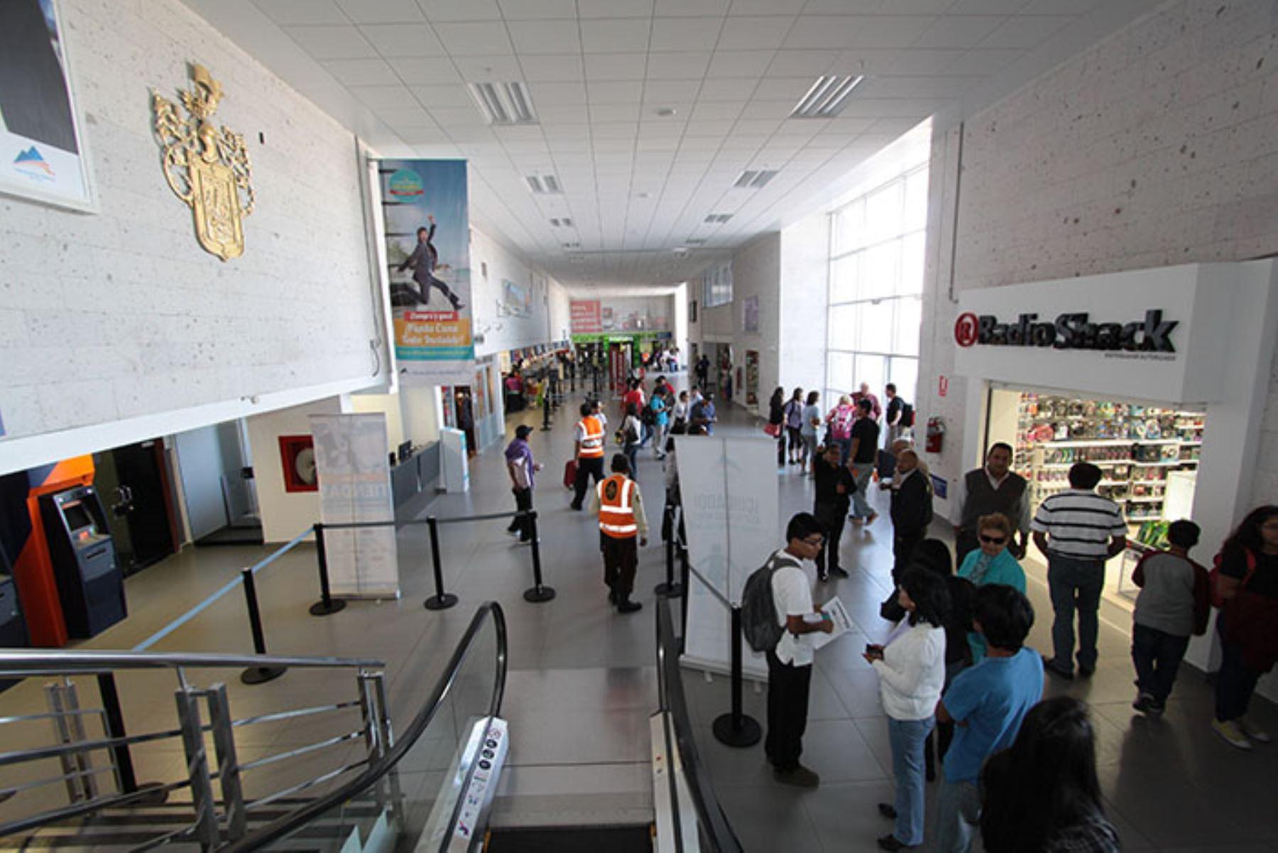 El terminal de pasajeros del aeropuerto de Arequipa se modernizará y próximamente se iniciarán las obras. ANDINA/Archivo