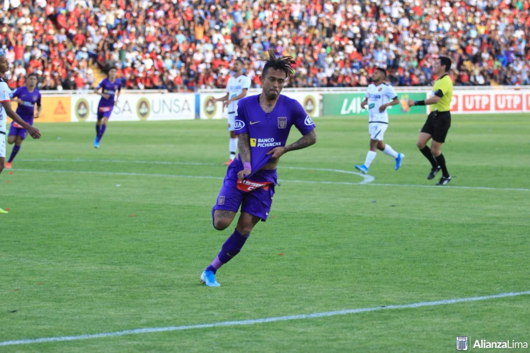 Alianza Lima se trajo un triunfo importante de Arequipa