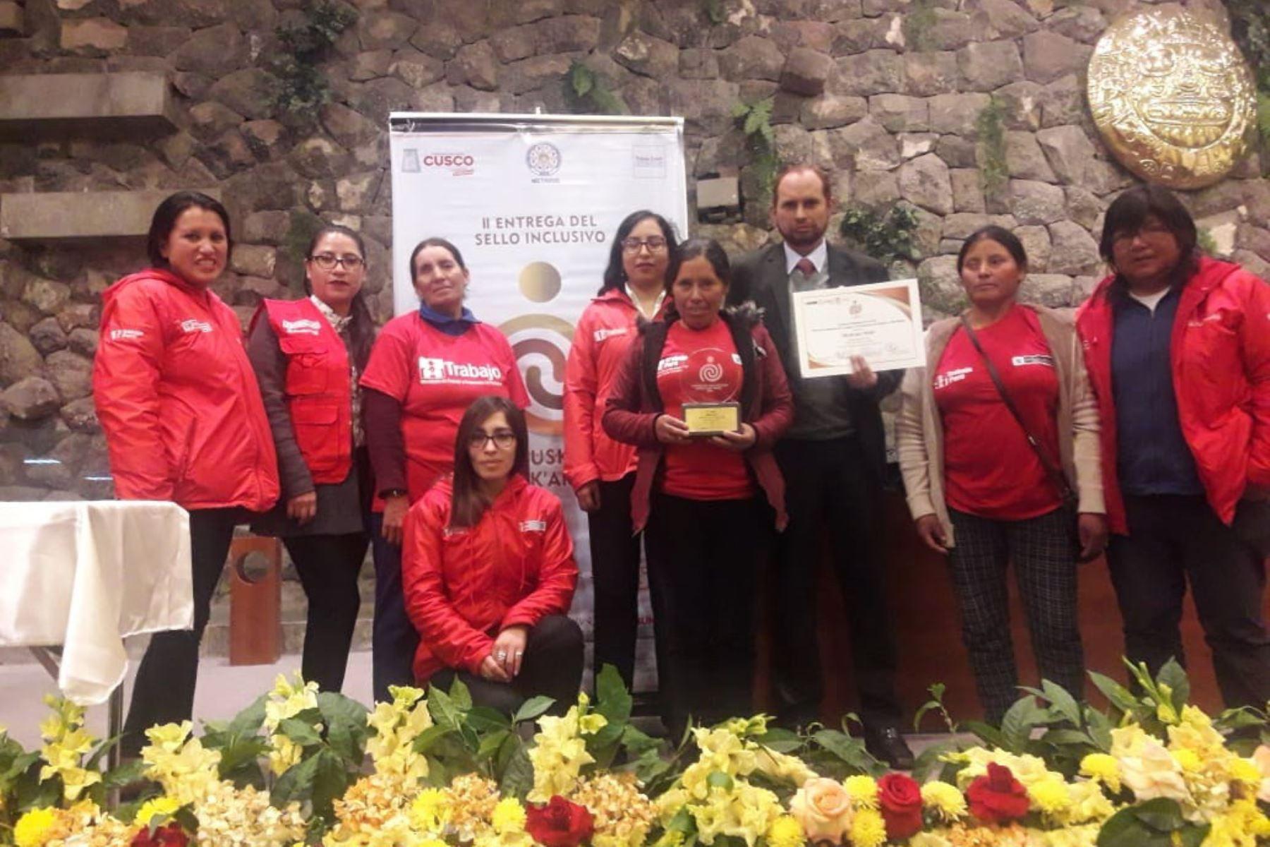 Premian a Ministerio de Trabajo por labor en beneficio de personas con discapacidad en Cusco.