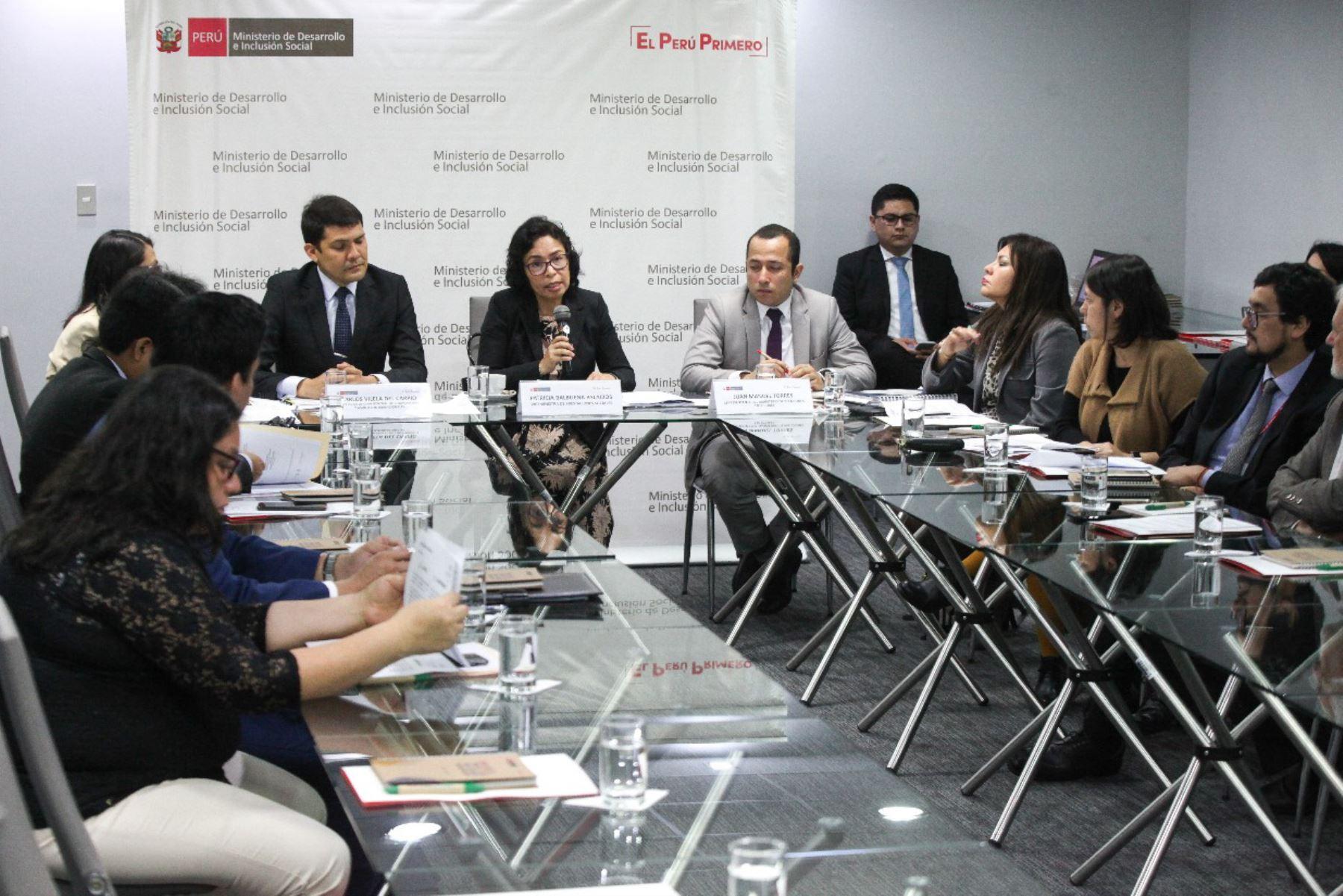 La viceministra de Prestaciones Sociales, Patricia Balbuena, participó en la VII Reunión de Altas Autoridades del Eje de Asuntos Sociales y Culturales Perú-Ecuador 2019.