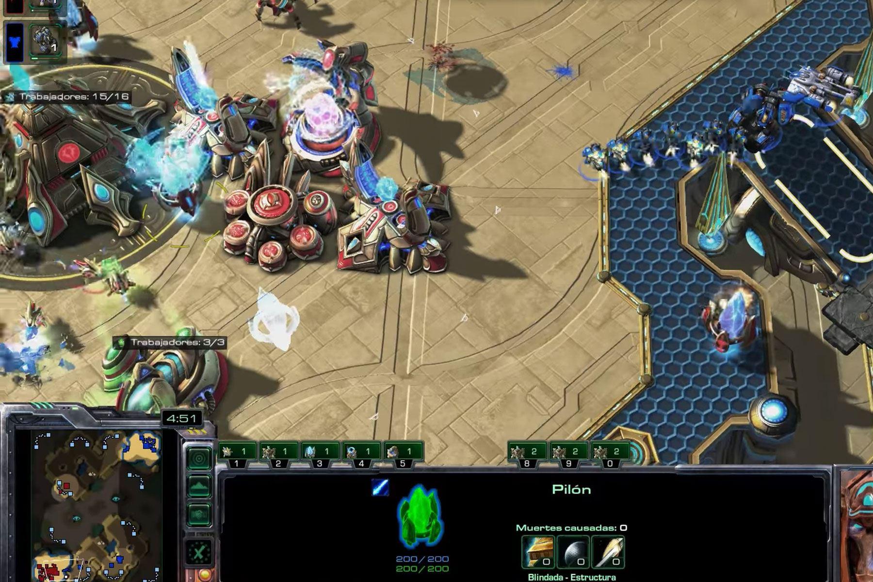 La inteligencia artificial AlphaStar logró ubicarse por encima del 99.8% de jugadores de StarCraft II. Imagen: captura de pantalla.
