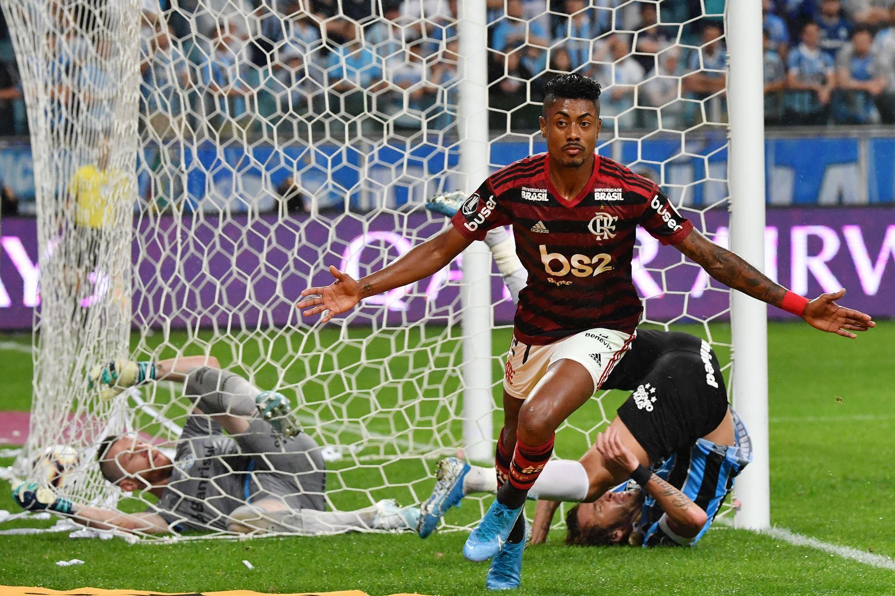 Bruno Henrique  Fecha de nacimiento: 30/12/1990 (28) Valor de mercado: € 4