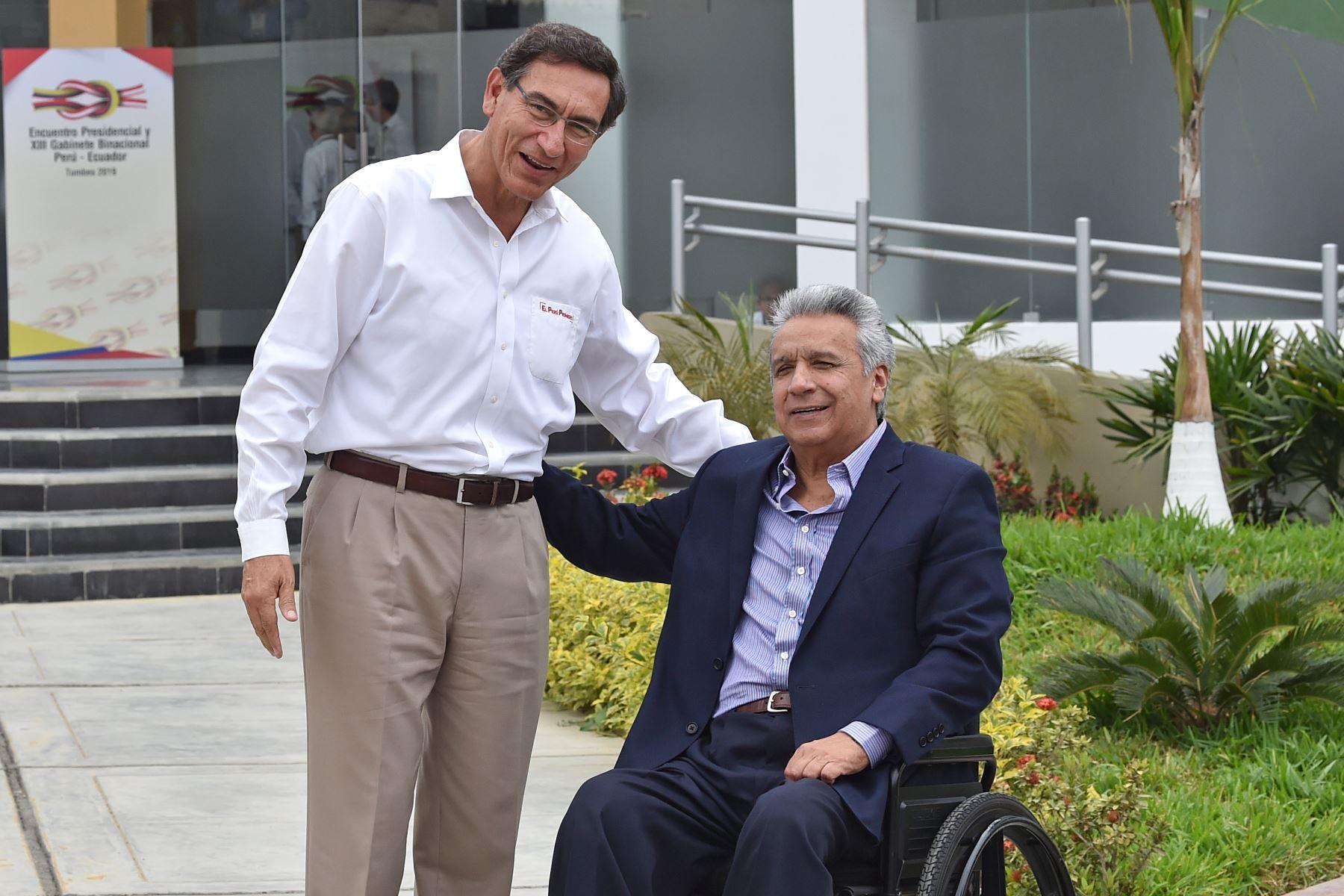 Martín Vizcarra y Lenín Moreno inician Encuentro Presidencial en Tumbes. Foto: AFP