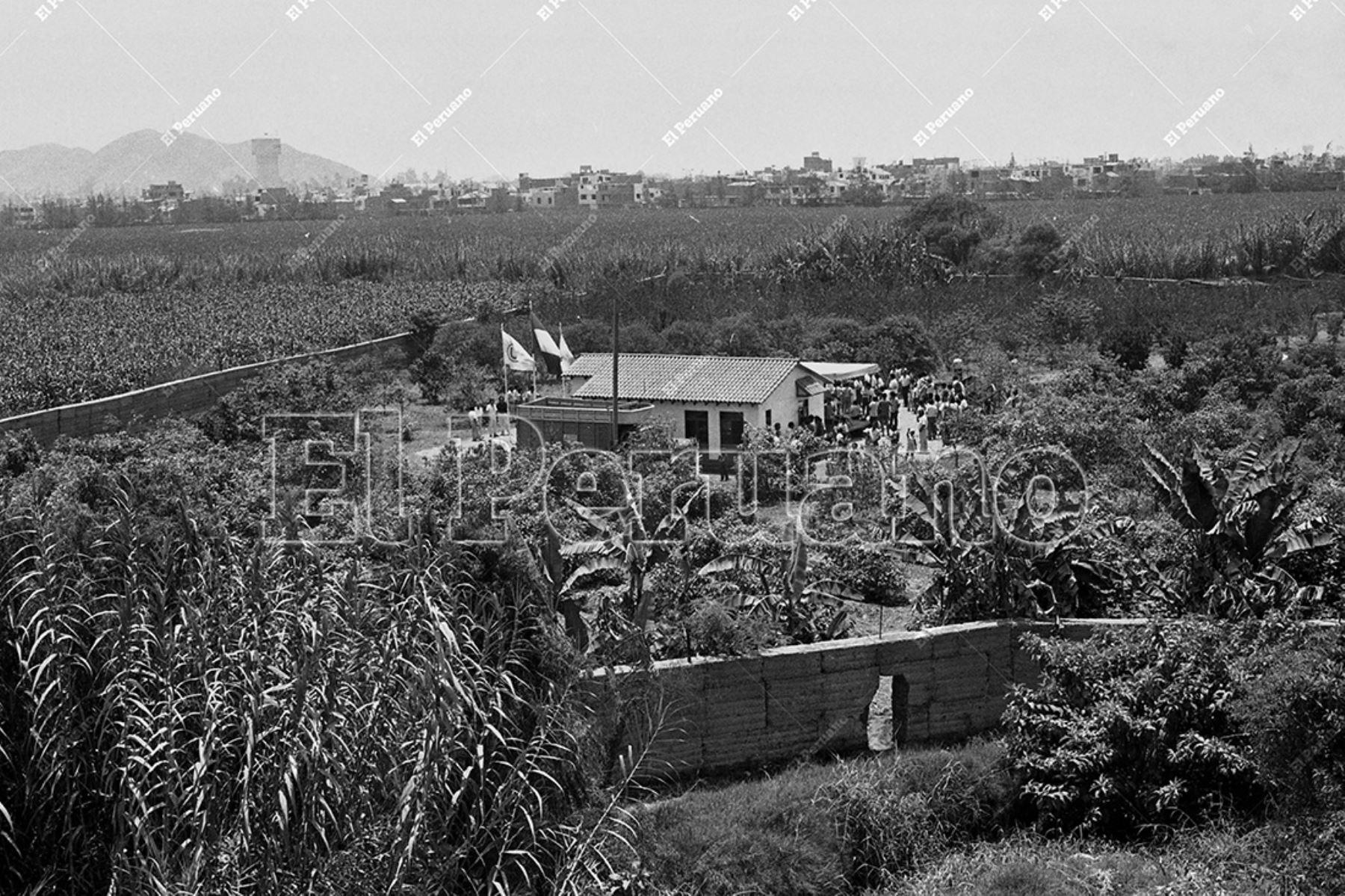 Lima - 18 enero 1991 / Lugar donde se colocó la primera piedra del Estadio Monumental de Universitario de Deportes en Ate. Foto: Archivo Histórico de El Peruano / Virgilio Molero
