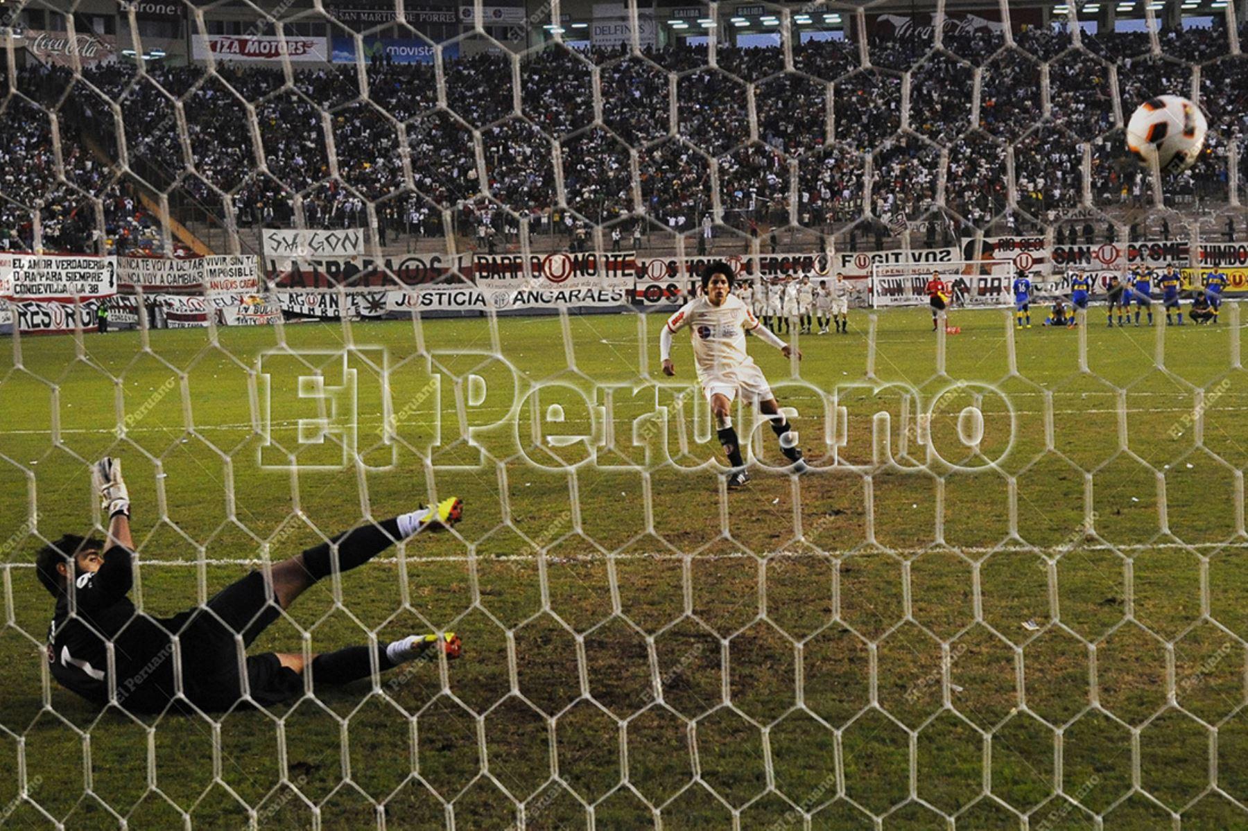 Lima - 26 junio 2011 / Universitario de Deportes se consagró campeón de la primera edición de la Copa Libertadores de América sub 20 al vencer en el Estadio Monumental a  Boca Juniors de Argentina en tanda de penales. Foto: Aandina / Oscar Durand