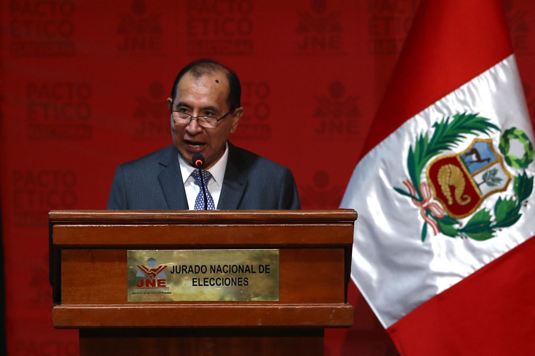 Victor Ticona, Presidente de Jurado Nacional de Elecciones participa en firma del Pacto Ético Electoral. Foto: ANDINA/Vidal Tarqui