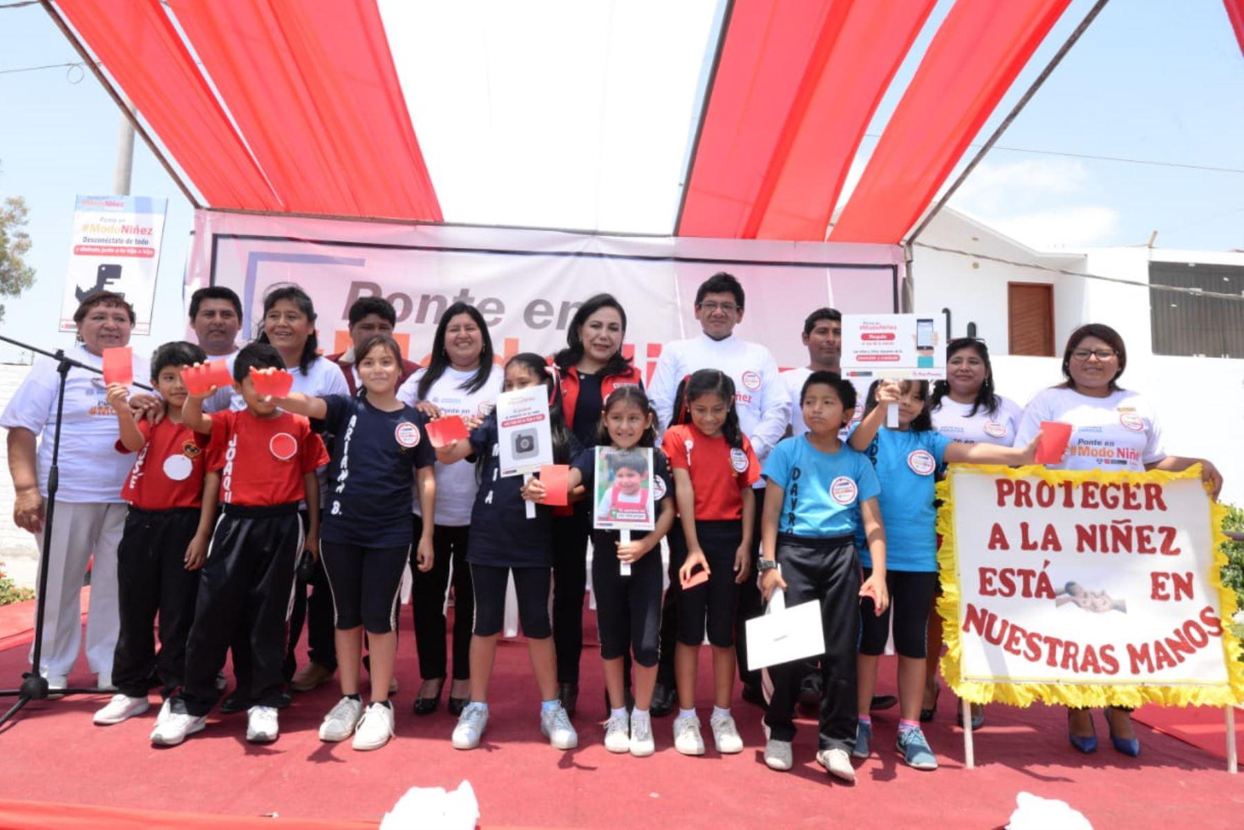 Ministra de la Mujer y Poblaciones Vulnerables, Gloria Montenegro, implementa estrategia Ponte en Modo Niñez en Paracas y Chincha
