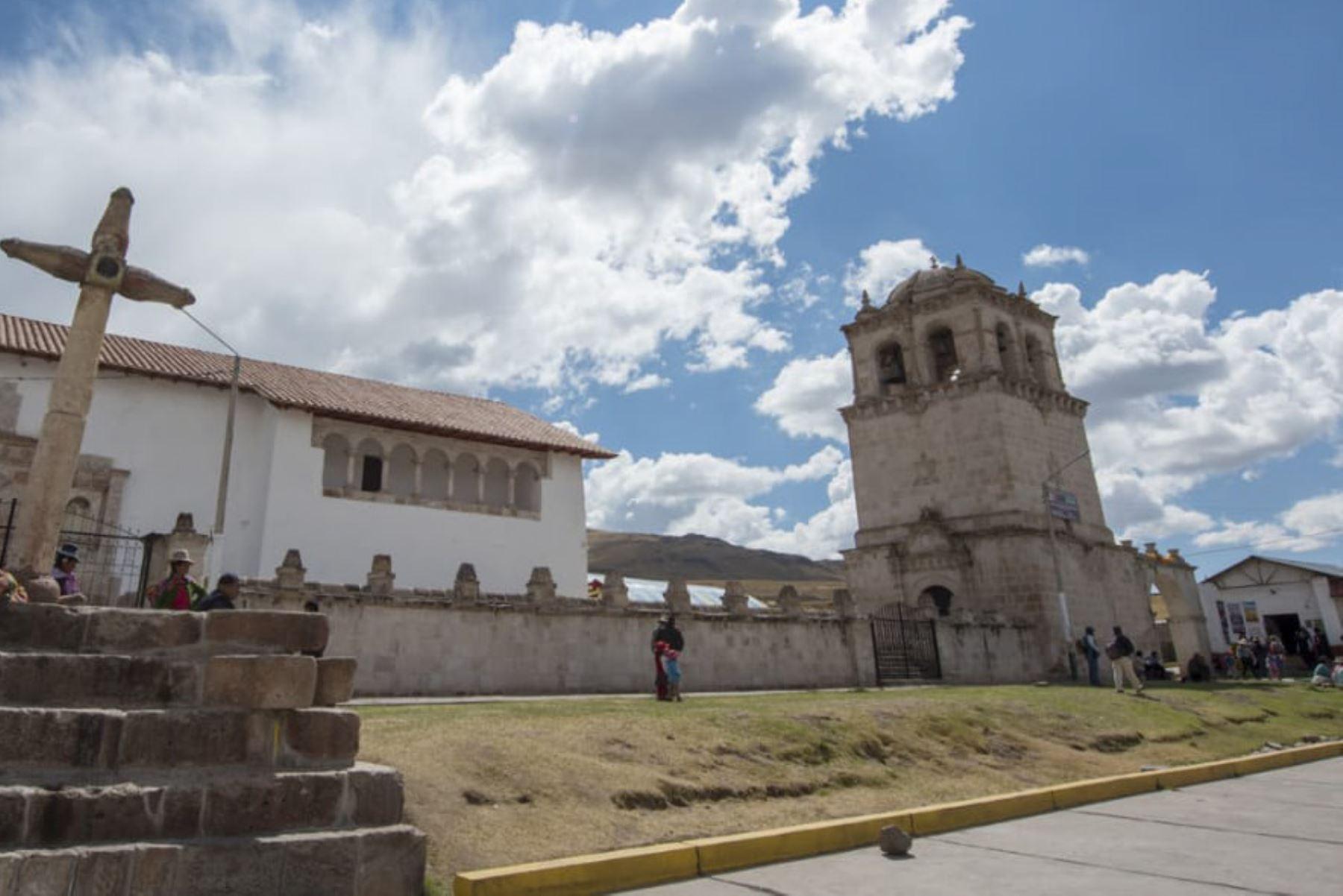 La Dirección Desconcentrada de Cultura de Cusco entregó a las autoridades locales y eclesiásticas de la provincia de Espinar la obra de restauración y puesta en valor del templo colonial San Juan Bautista ubicado en el distrito de Coporaque.
