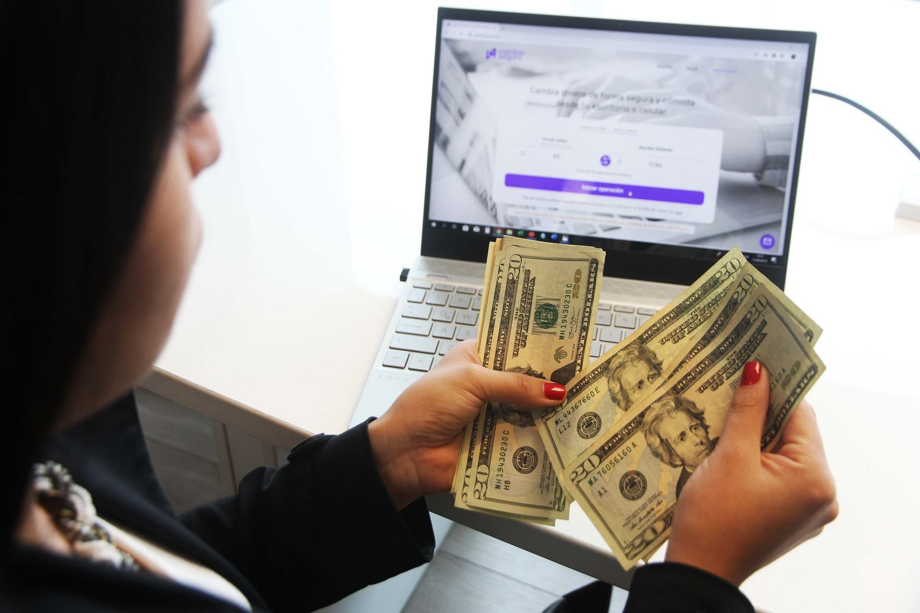 Dólares Foto: Difusión