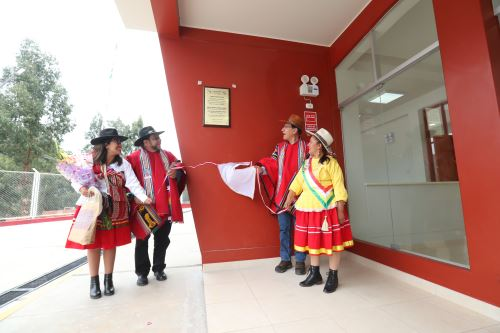 Presidente Vizcarra inaugura terminal terrestre en Apurímac