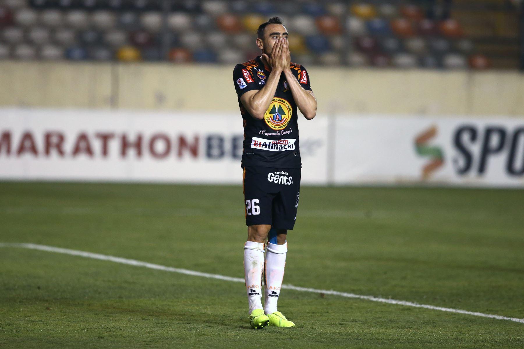 Universitario gana por 3 a  al Ayacucho FC. Foto: ANDINA/Vidal Tarqui