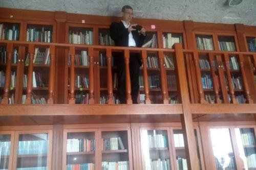 El Premio Nobel de Literatura 2006, Ferit Orhan Pamuk, visitó la Biblioteca Personal de Mario Vargas Llosa, ubicada en Arequipa. Foto: ANDINA/Difusión