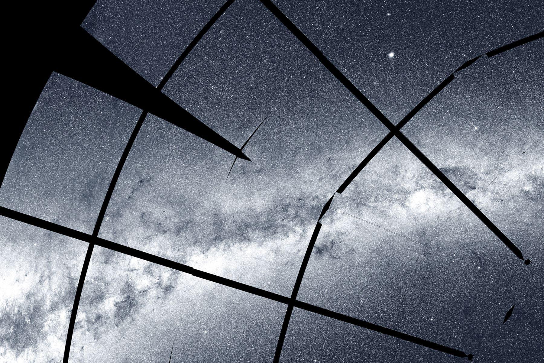 Imagen forma parte del mosaico del cielo del sur, que fue ensamblado a partir de 208 imágenes tomadas por el Satélite de Inspección de Exoplanetas en Tránsito (TESS) de la NASA. Créditos: NASA / MIT / TESS y Ethan Kruse (USRA)